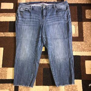Torrid Crop Boyfriend Jeans Plus Size 26R